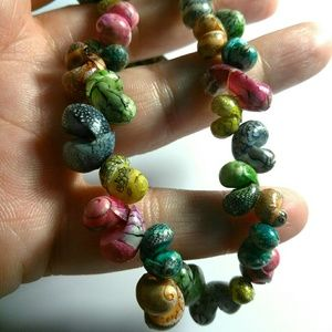 Jewelry - Colorful Shell Necklace 16 Inches